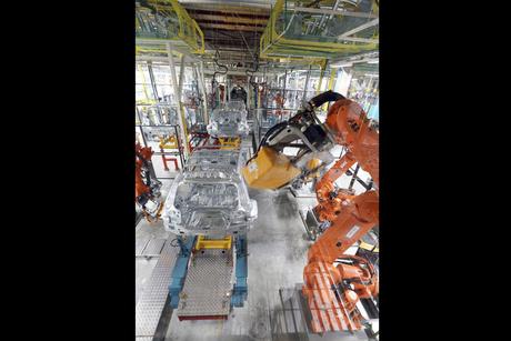 ABB robots to build new Mercedes-Benz GLC model