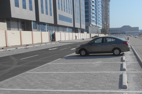 Walkways, parking spaces completed for Al Mina Road in Abu Dhabi