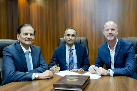 Al Shirawi Group signs deal to use Oracle's Aconex software