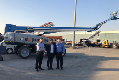 Saudi Arabian contractor takes delivery of 37 Genie boom lifts