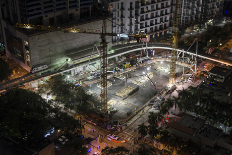 Video: 24-hour, 22,700 tonne concrete pour in US