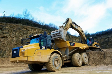 Caterpillar gears 745 articulated hauler for users