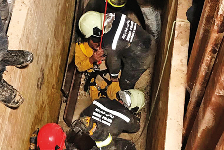 Video: Dubai Police frees man from worksite pit