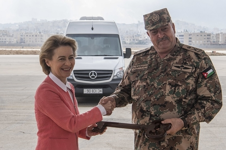 Germany gives 126 Mercedes-Benz vehicles as aid to Jordan