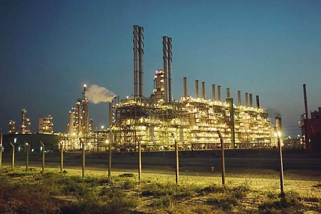 Petrofac wins $800m contract for BP's Khazzan Phase 2 in Oman