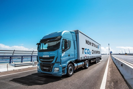 Iveco New Stralis NP wins gas industry award