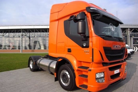 Iveco Stralis LNG becomes first to cross Europe