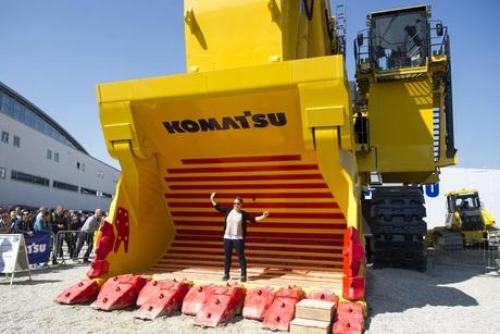 Komatsu approved for $2.9bn Joy Global acquisition