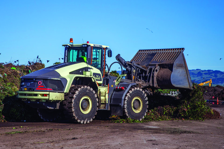Volvo hybrid electric wheel loader boosts fuel efficiency by 50%