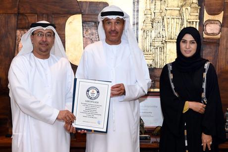 Dubai concrete pour breaks Guinness World Record