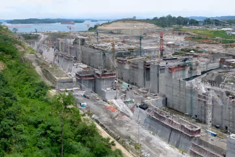 Video: Five years of construction at Panama Canal
