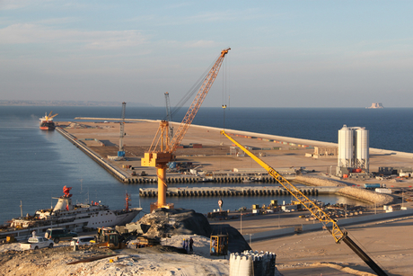 Oman: Port of Duqm awards contract to IFS, Envecon
