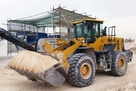 SDLG loaders work double shifts in Qatar quarry
