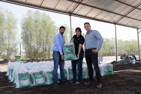 Dubai Mall produces 26 tonnes of food waste compost