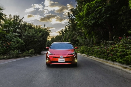 Toyota sells 1.5 million electrified vehicles in 2017