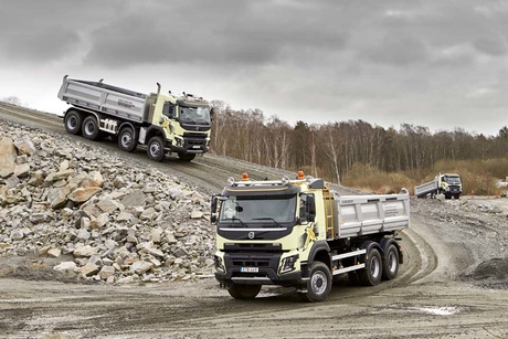 Volvo Group increases net sales by 12% in Q2 2017