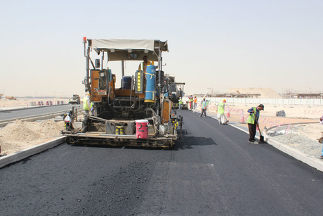 Paving the UAE: Wade Adams chooses Volvo CE