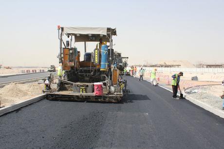 Paving the UAE: Wade Adams chooses Volvo CE