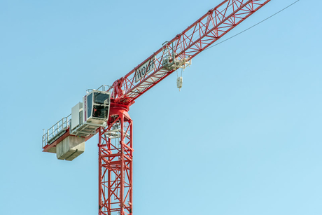 Wolffkran launches the 6020 clear: a versatile flat-top crane