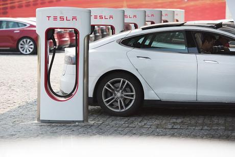 Higher emission standards reshaping UAE vehicle fleets