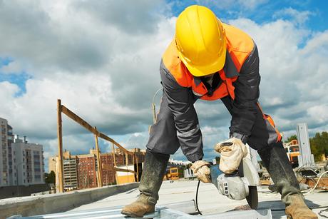 UAE reveals start date for midday work break