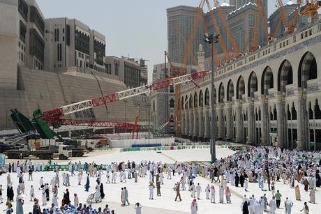 'Create laws to avoid Saudi Grand Mosque encore'