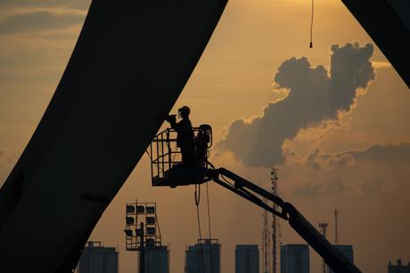 Worker dies at Brazil World Cup stadium site