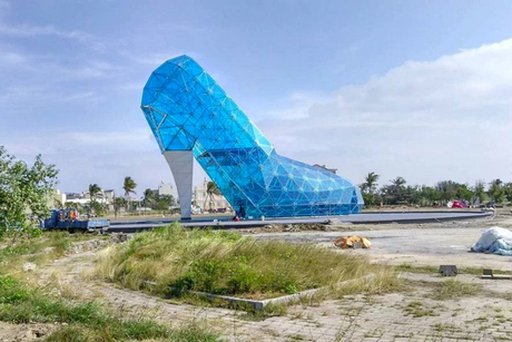 Taiwan builds church shaped like glass slipper