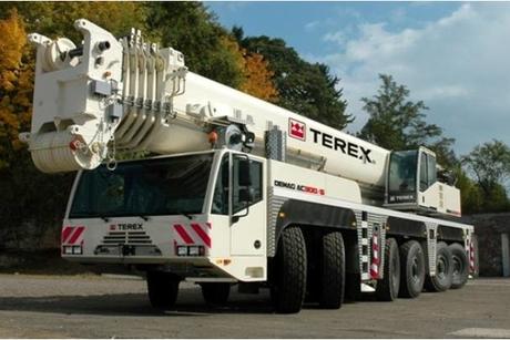 Mannai HED sells 300-tonne crane to ConXion