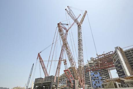 Case study: Mammoet details Dubai crane activities