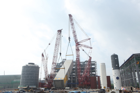 Manitowoc 31000 completes its biggest lift to date