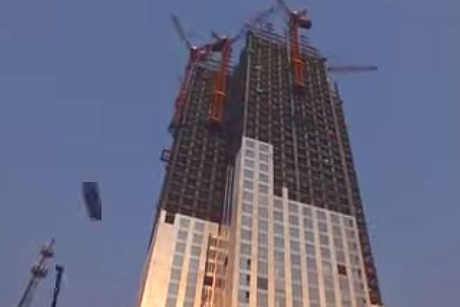 Chinese firm builds world's tallest prefab tower