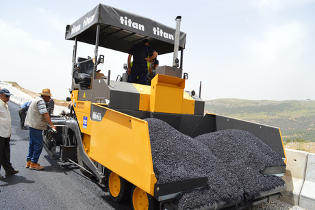 NAH uses Volvo machines for Lebanese road project