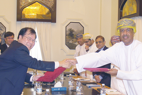 Oman Air and OAMC sign joint venture with SATS