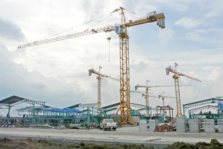 Potain cranes help build and run concrete plant