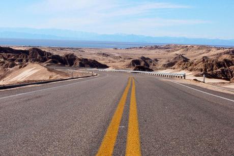 Oman-Saudi road completed using 95 Volvo units