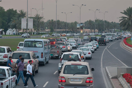 Qatar threatens to restrict expat drivers