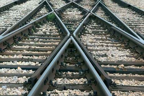 Saudi invites bids for 'Landbridge' rail project