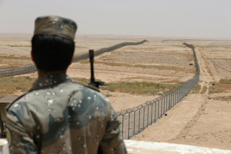Saudi speeds-up build on 'Great Wall' Iraqi border