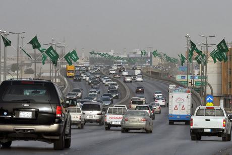 Oman-Saudi road for Hajj pilgrims nears completion