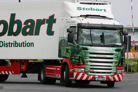 UK firm signs record order for 2,000 Scania trucks