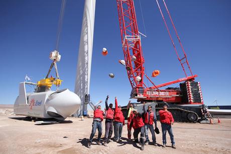 Chilean wind farm workers blown away by Terex unit
