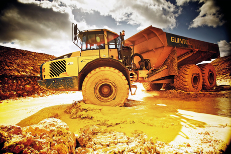 European rail project uses Volvo CE machines