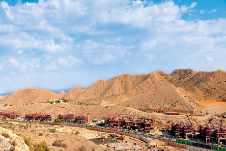 Carillion worried for Oman as oil prices fluctuate