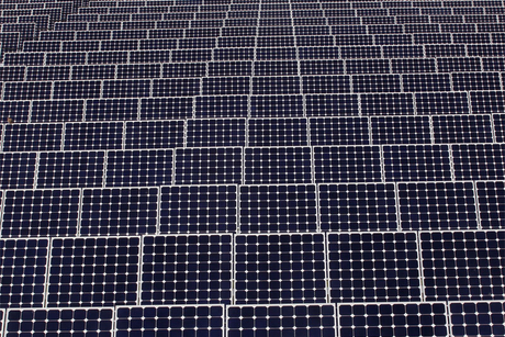 Kuwait puts 70MW solar farm out to tender