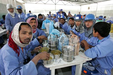 Construction boom boosts Qatar population by 8.5%