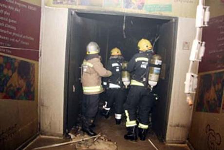 Fire rips through Jeddah workshops, damaging 19