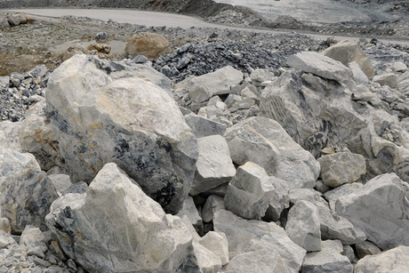Pakistani quarry worker crushed as hill collapses