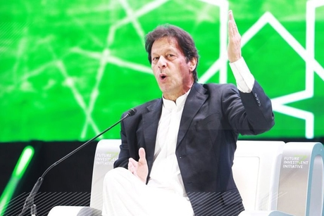 PM Imran Khan seeks Saudi investors for Pakistan oil refineries
