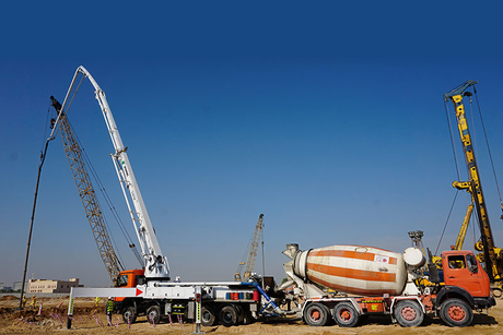Construction update: Dubai's Falconcity of Wonders pyramid hotel